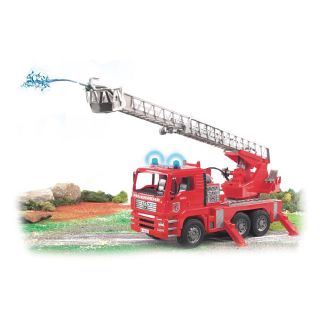 MAN FIRE ENGINE WITH WATERPUMP AND LIGHT AND SOUND MODULE